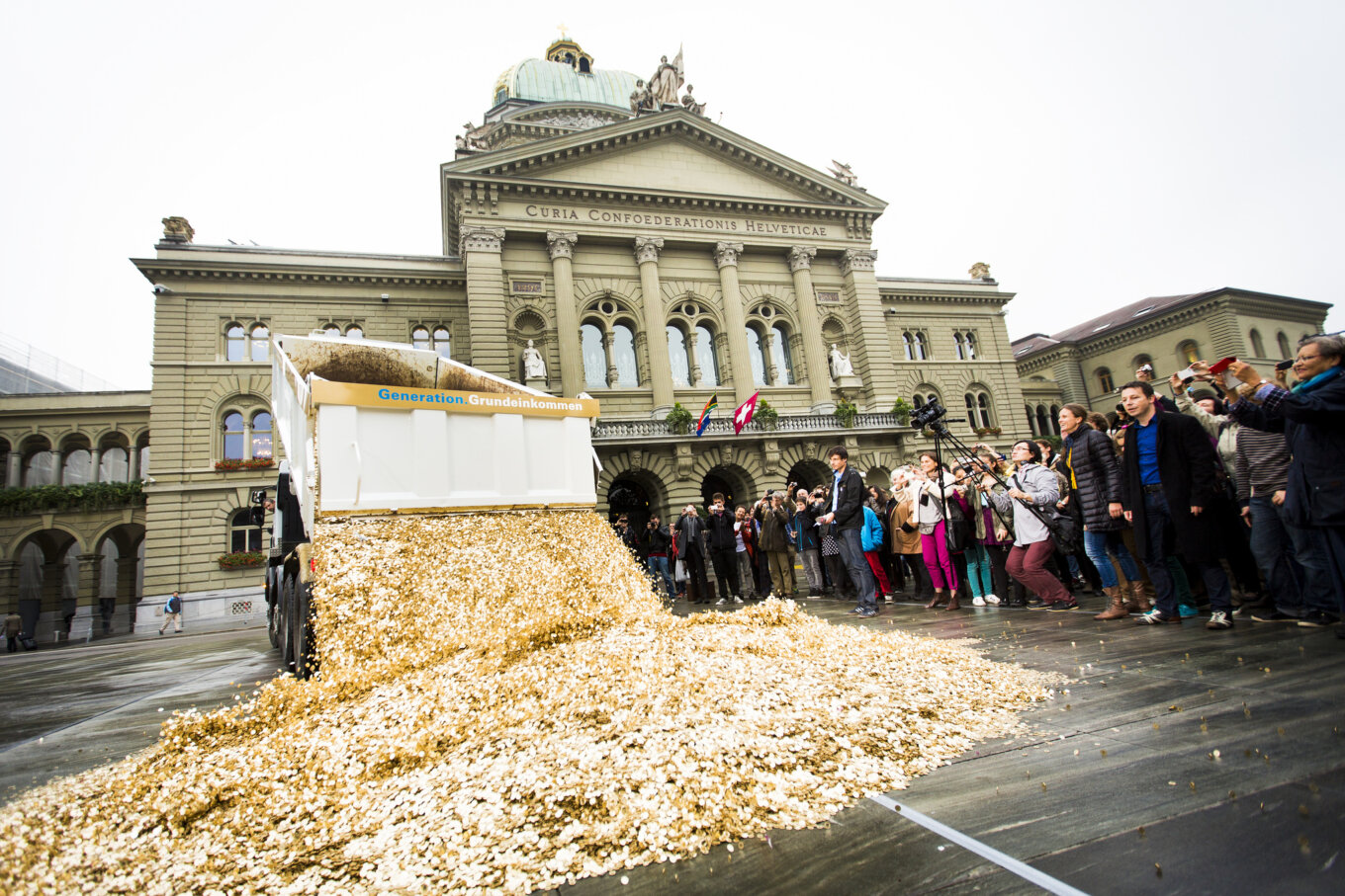 Basic Income Performance in Bern Oct 2013