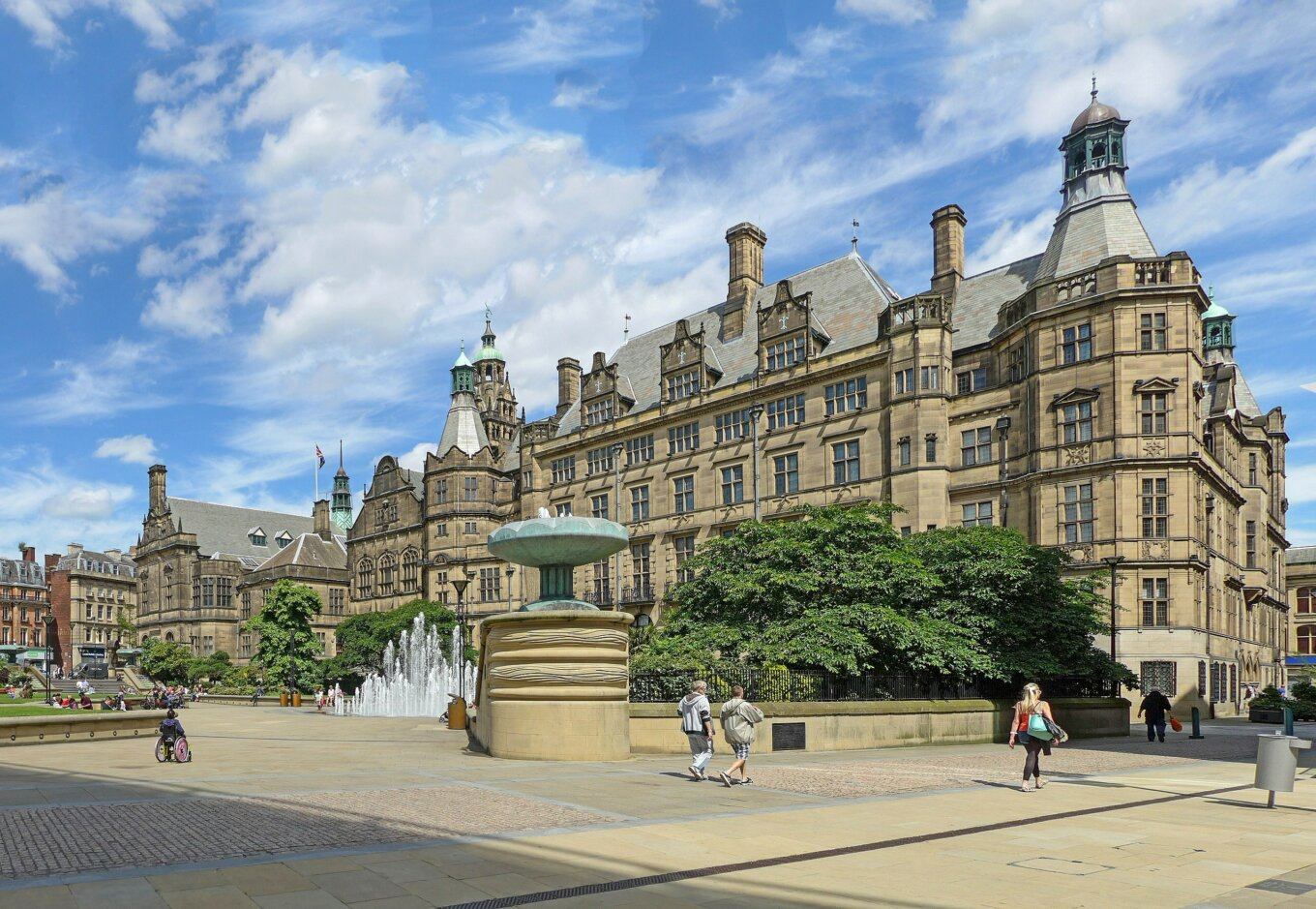 Sheffield Town Hall 27475677653