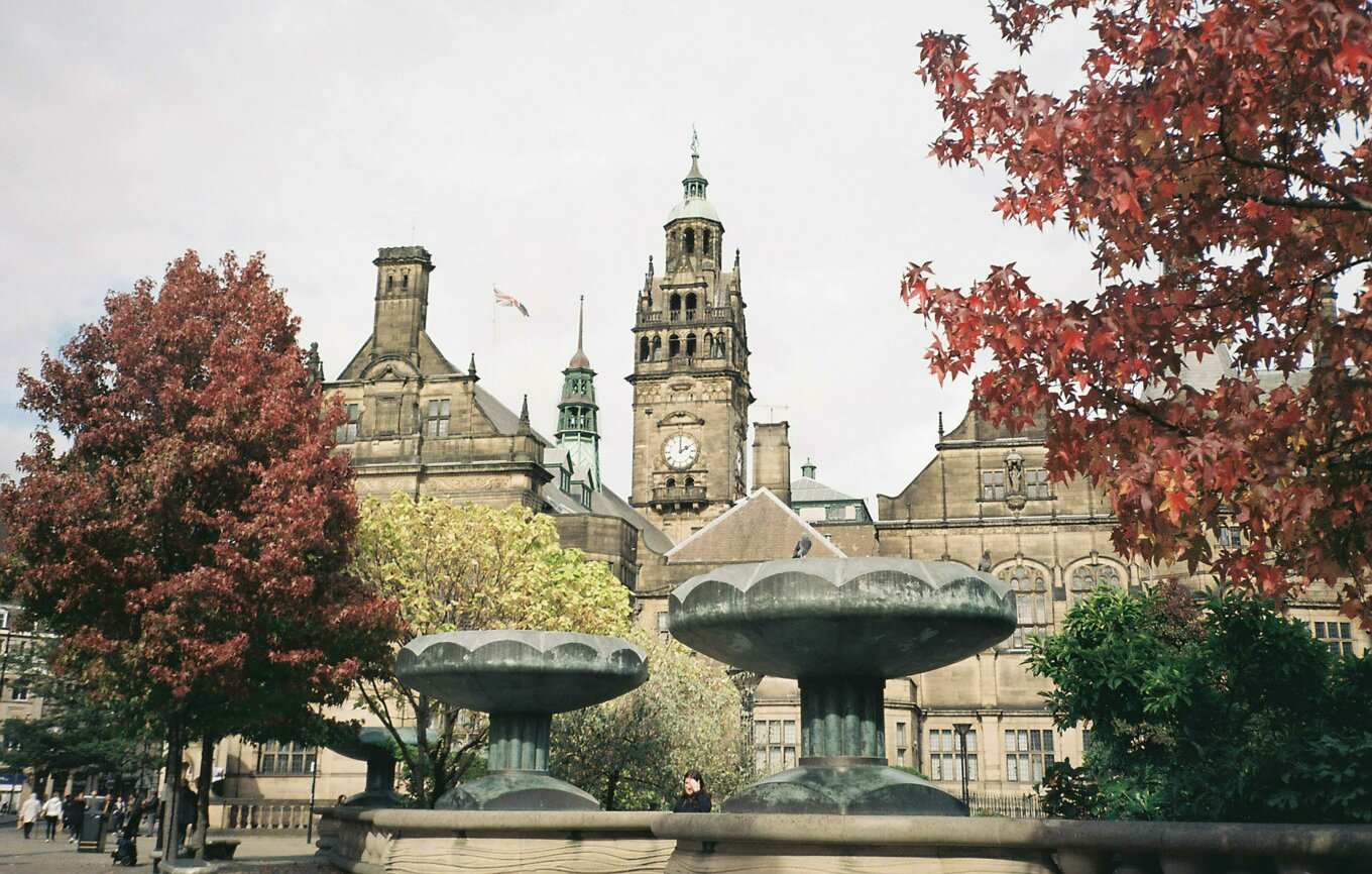 Sheffield town hall autumn